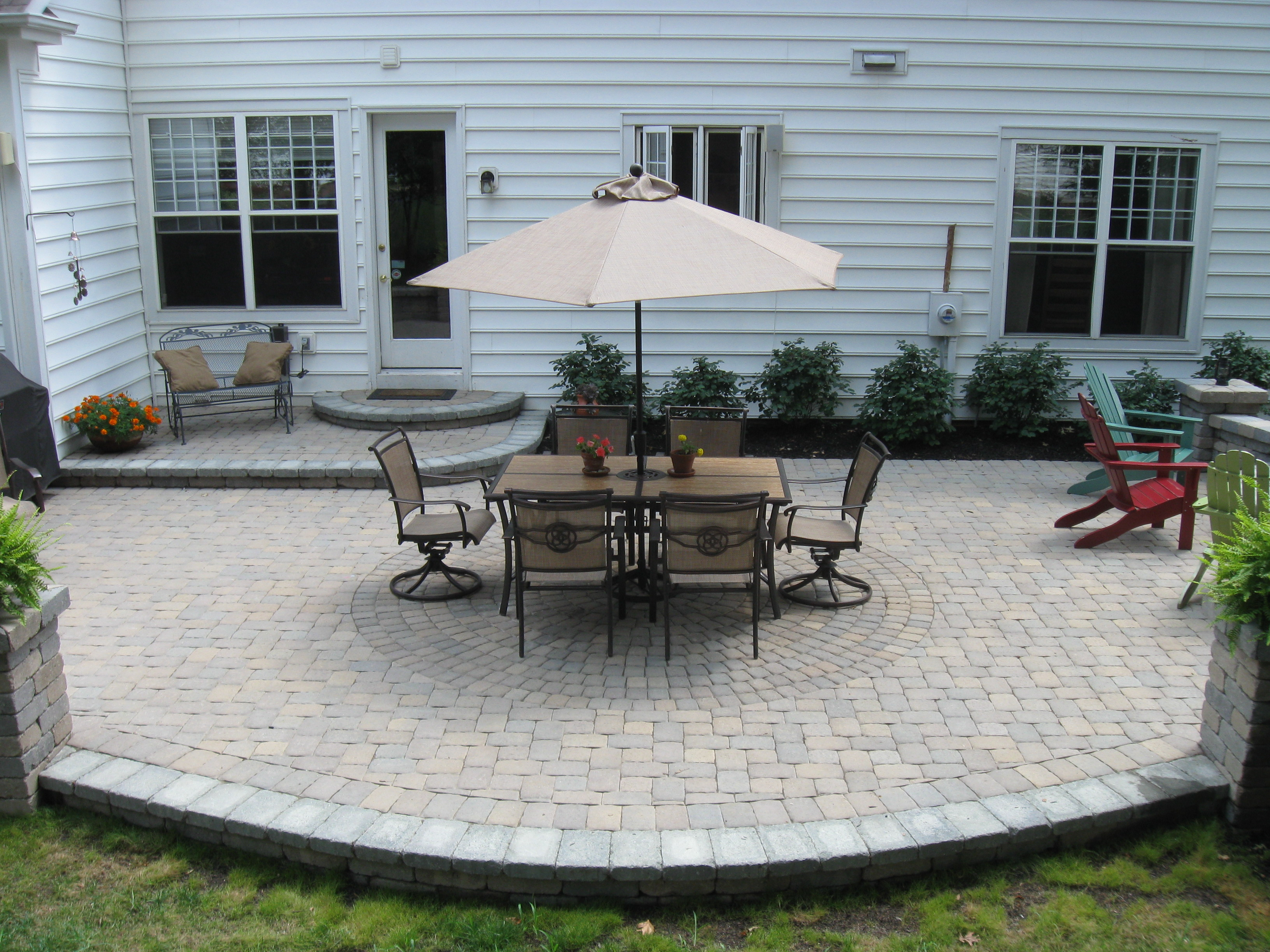 Outdoor Living Space At Hamsted Village In New Albany